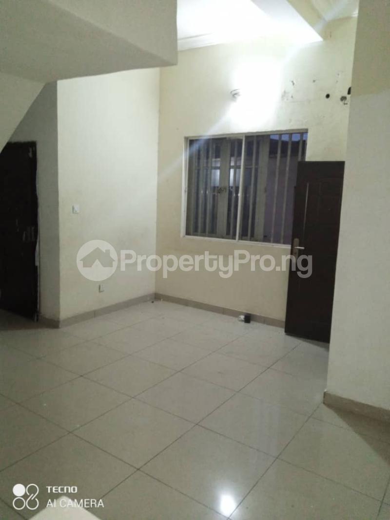 3 bedroom Detached Duplex House for rent Rahmotu oluwakemi Medina Gbagada Lagos - 4