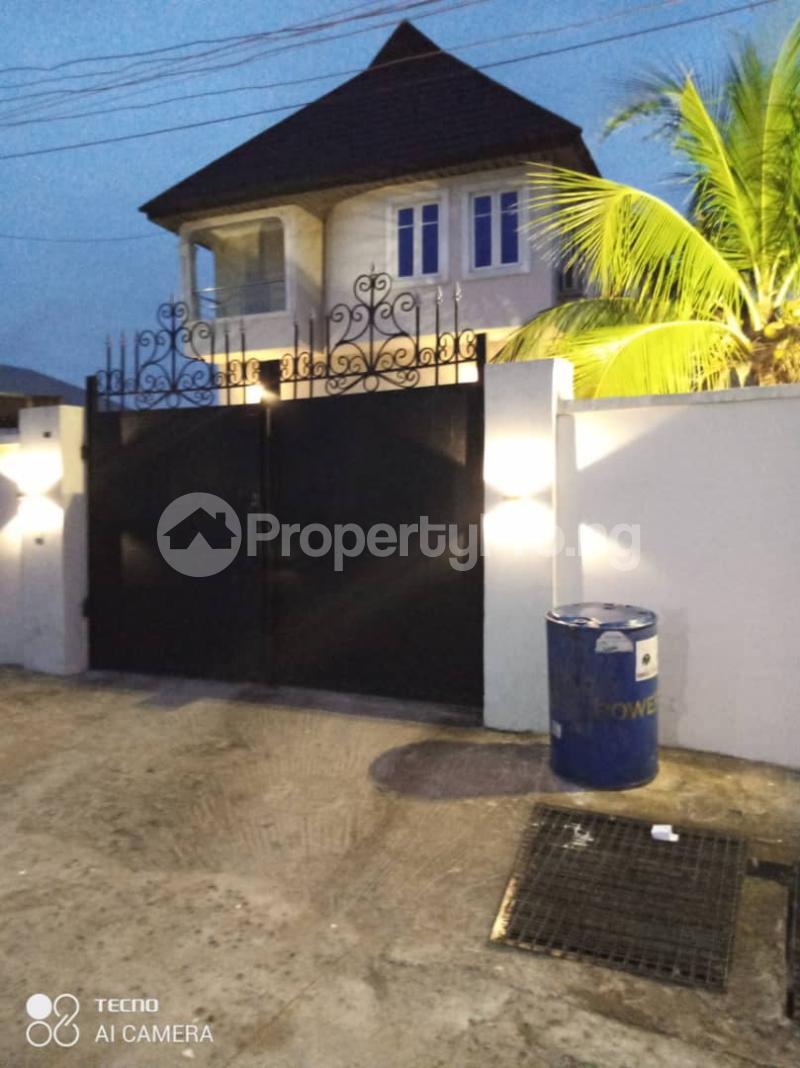 3 bedroom Detached Duplex House for rent Rahmotu oluwakemi Medina Gbagada Lagos - 3
