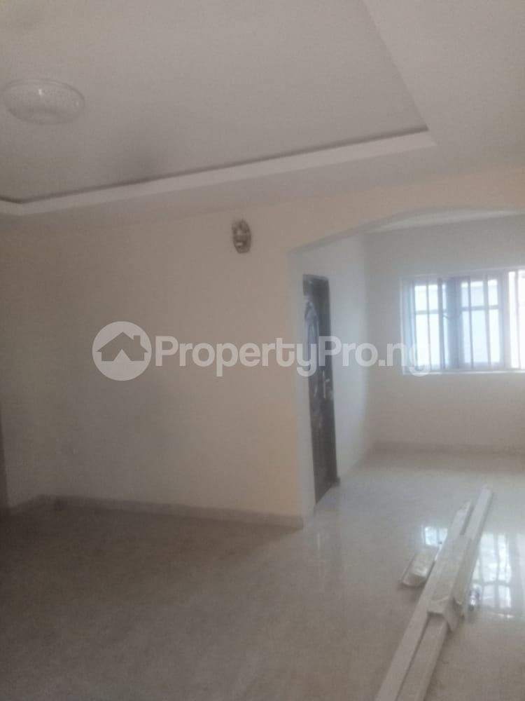 3 bedroom Flat / Apartment for rent By Fagbola street Shogunle Oshodi Lagos - 2