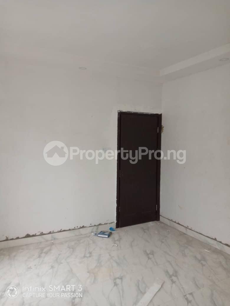 3 bedroom Blocks of Flats House for rent Adekunle Yaba Lagos - 7