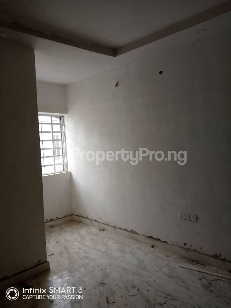 3 bedroom Blocks of Flats House for rent Adekunle Yaba Lagos - 9