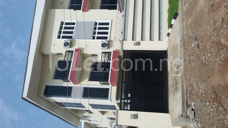 3 bedroom Flat / Apartment for sale Adekoya Street, Mende Estate. Maryland Ikeja Lagos - 1