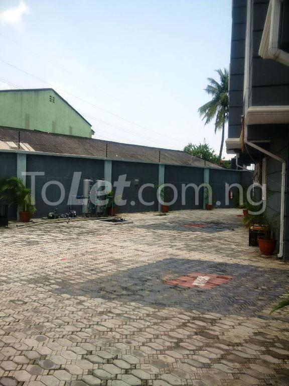 3 bedroom Flat / Apartment for sale Maryland Maryland Lagos - 8