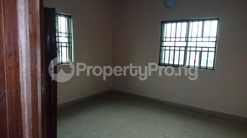 3 bedroom Blocks of Flats House for rent Abule Egba Lagos - 3