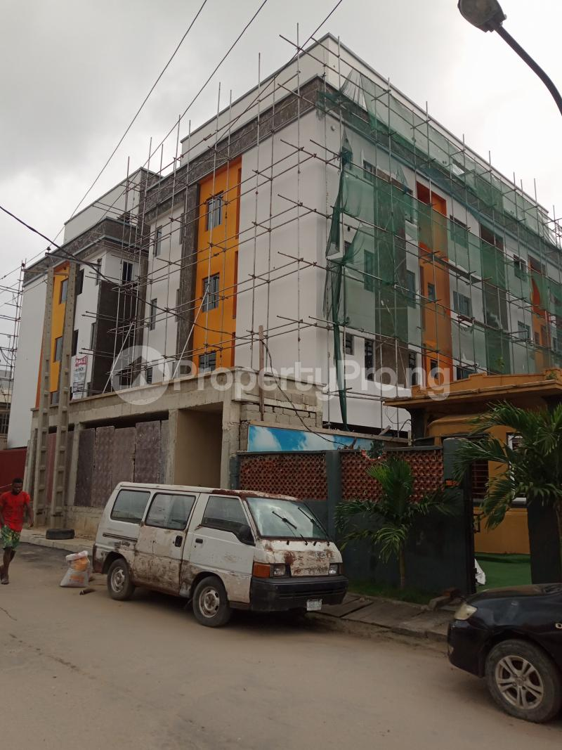 3 bedroom Flat / Apartment for sale Alagomeji Alagomeji Yaba Lagos - 2