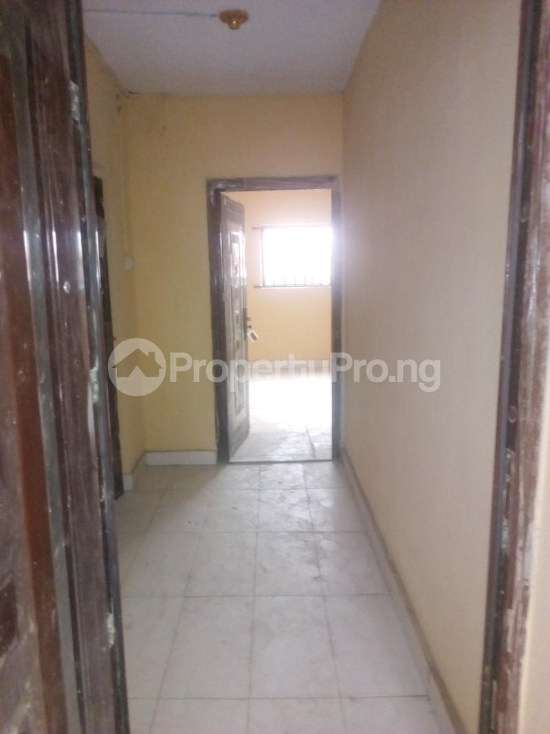 3 bedroom Shared Apartment for rent Peace Estate,aghai Street. Ago palace Okota Lagos - 6