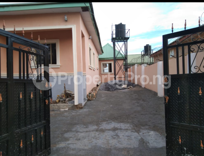 3 bedroom Detached Bungalow House for rent Efab estate lokogoma Lokogoma Abuja - 17