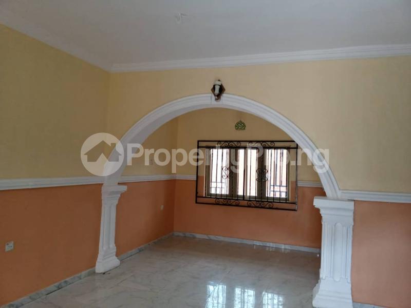 3 bedroom Blocks of Flats House for rent Elebu Akala Express Ibadan Oyo - 3