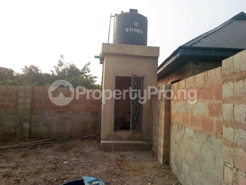 3 bedroom Detached Bungalow House for sale Ologuneru  Eleyele Ibadan Oyo - 1