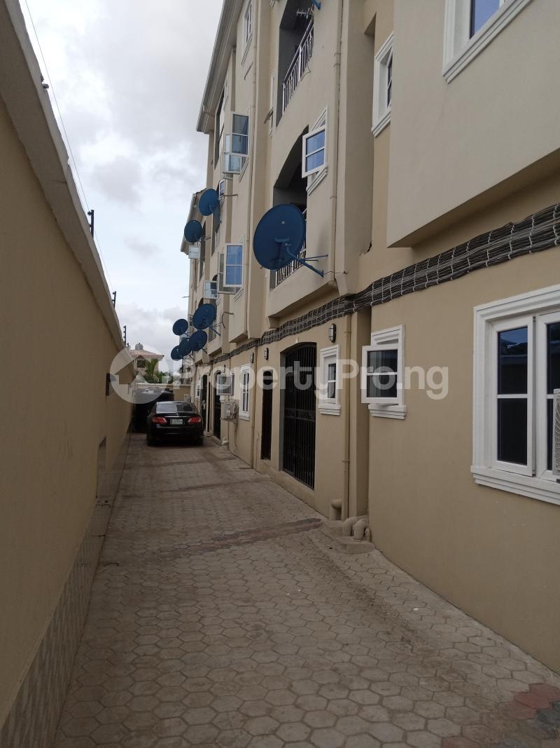 3 bedroom Studio Apartment Flat / Apartment for rent Palace way estate  Ago palace Okota Lagos - 1