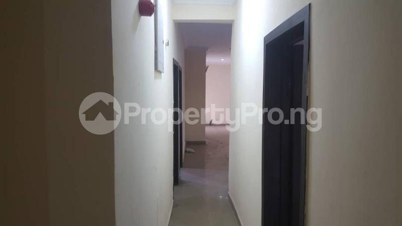 3 bedroom Flat / Apartment for rent  off Adekayode Street, ArowojobeEstate Mende Maryland Lagos - 7