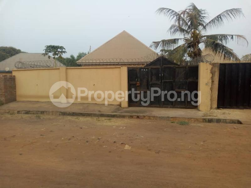 3 bedroom Detached Bungalow for sale Back Of Modern Market Makurdi Benue - 11