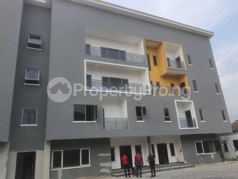 4 bedroom Terraced Duplex for sale Atunrase Estate Atunrase Medina Gbagada Lagos - 9