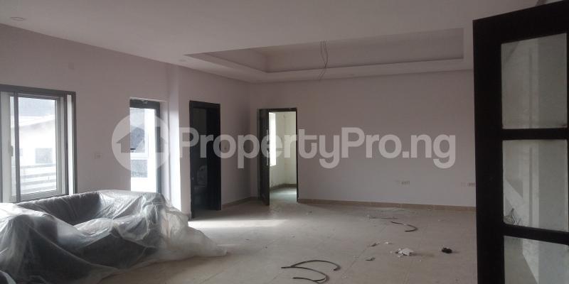 4 bedroom Terraced Duplex for sale Atunrase Estate Atunrase Medina Gbagada Lagos - 3