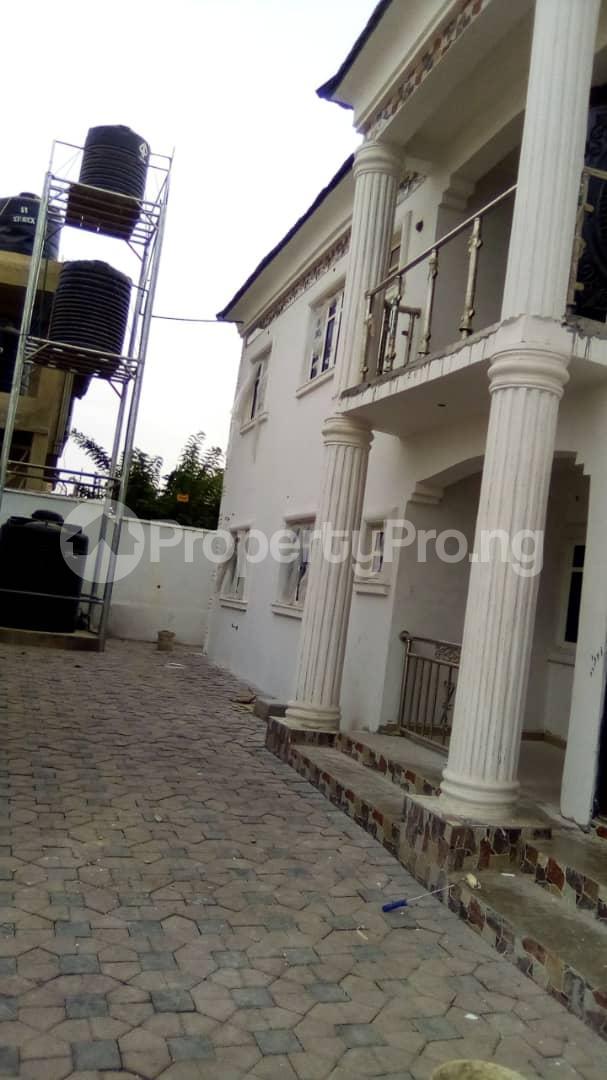 3 bedroom Blocks of Flats House for rent No 16, Anirinloye street Akilapa idi ishin extension ibadan Idishin Ibadan Oyo - 1