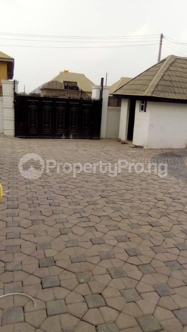 3 bedroom Blocks of Flats House for rent No 16, Anirinloye street Akilapa idi ishin extension ibadan Idishin Ibadan Oyo - 7