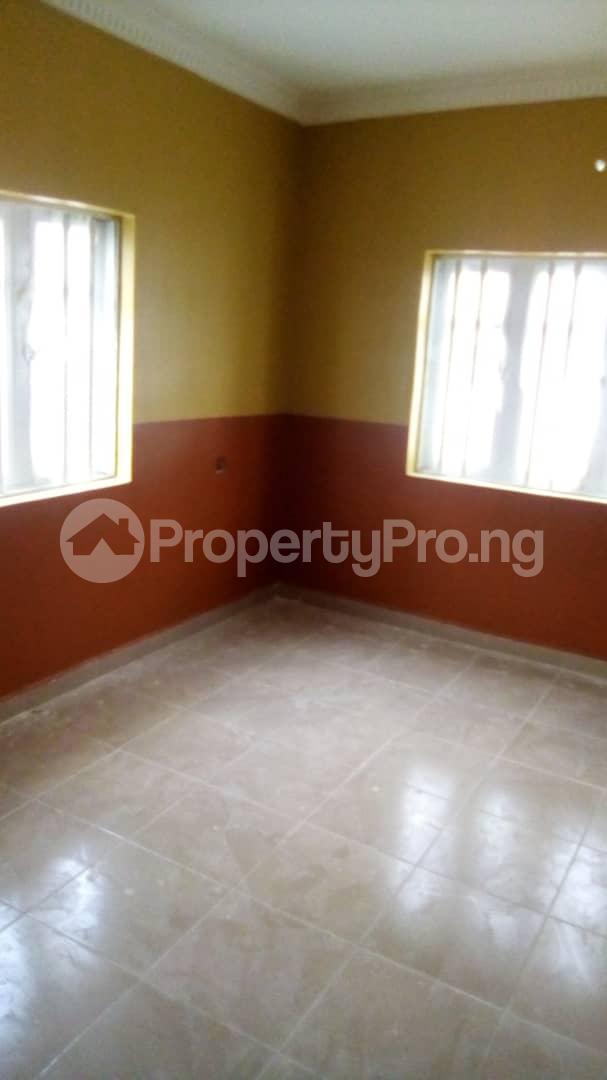 3 bedroom Blocks of Flats House for rent No 16, Anirinloye street Akilapa idi ishin extension ibadan Idishin Ibadan Oyo - 3