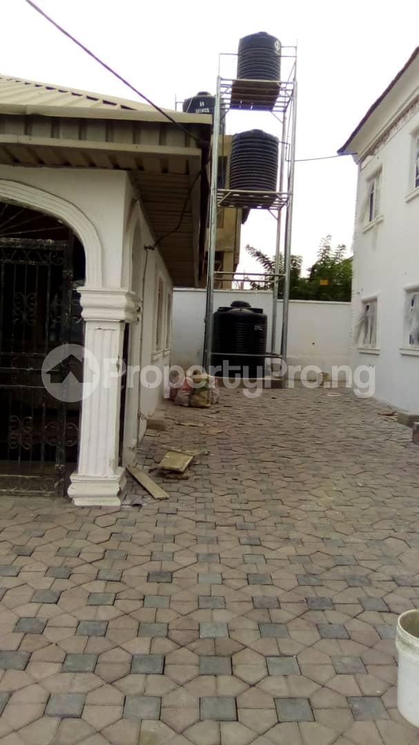 3 bedroom Blocks of Flats House for rent No 16, Anirinloye street Akilapa idi ishin extension ibadan Idishin Ibadan Oyo - 6