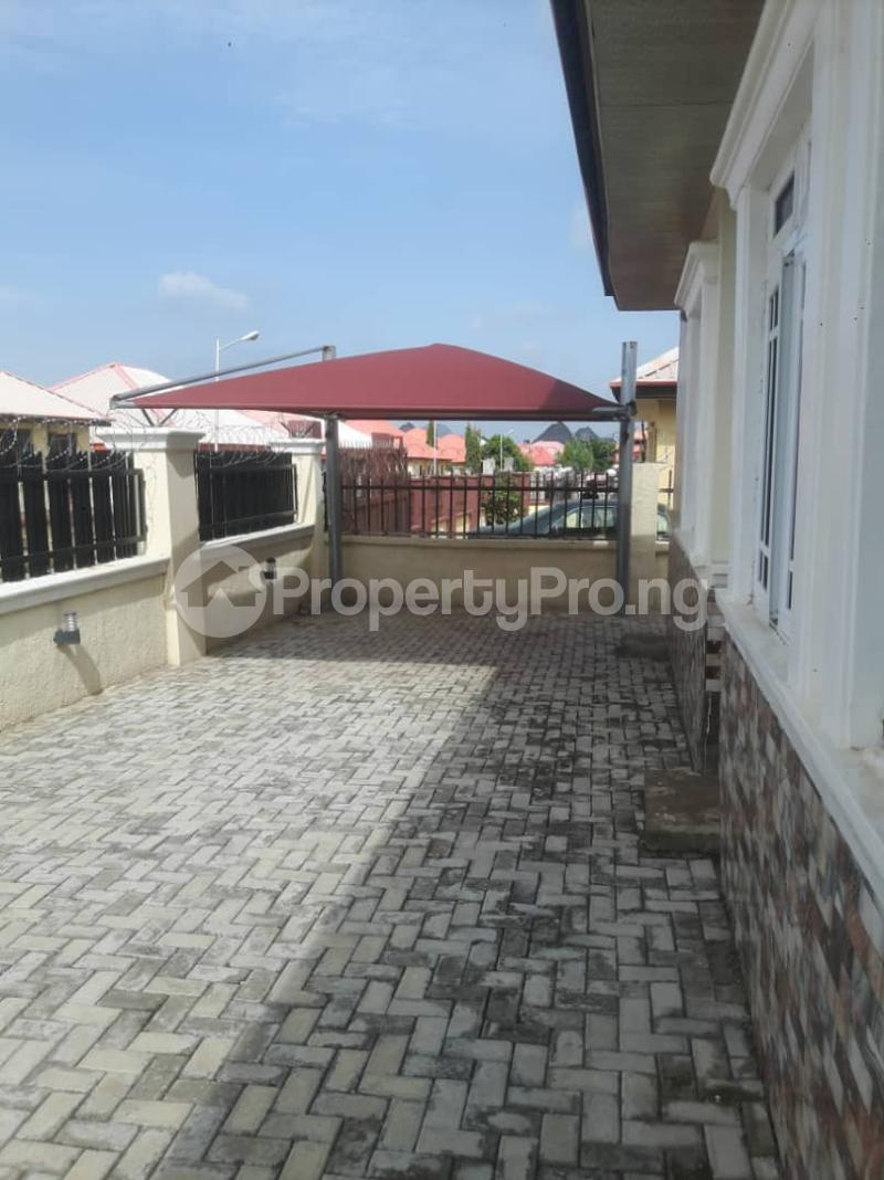 3 bedroom Detached Bungalow House for sale Liberty estate behind new site estate lugbe FHA Abuja  Lugbe Abuja - 11