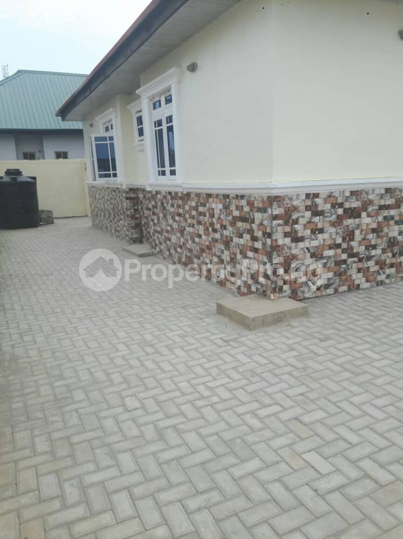 3 bedroom Detached Bungalow House for sale Liberty estate behind new site estate lugbe FHA Abuja  Lugbe Abuja - 3