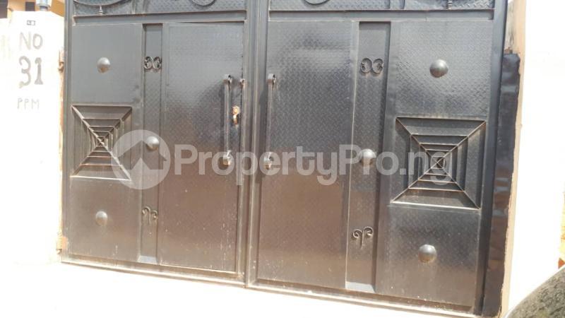 3 bedroom Detached Bungalow for sale Popoola Street, Ikola, Command Ipaja road Ipaja Lagos - 3