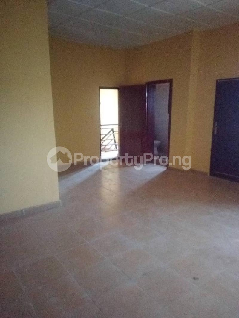 3 bedroom Blocks of Flats House for rent Bodija ibadan  Bodija Ibadan Oyo - 1