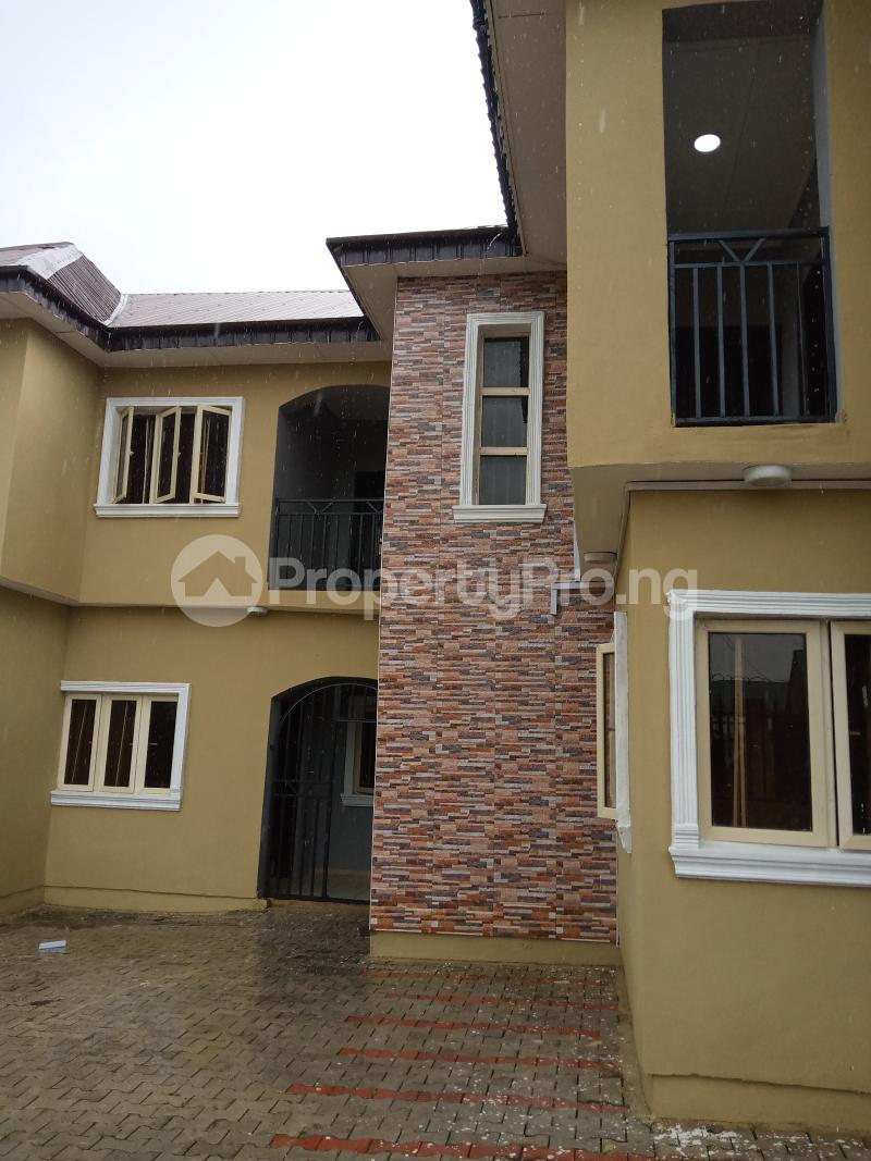 3 bedroom Blocks of Flats House for rent Cele Rainbow Akala Express Ibadan Oyo - 7