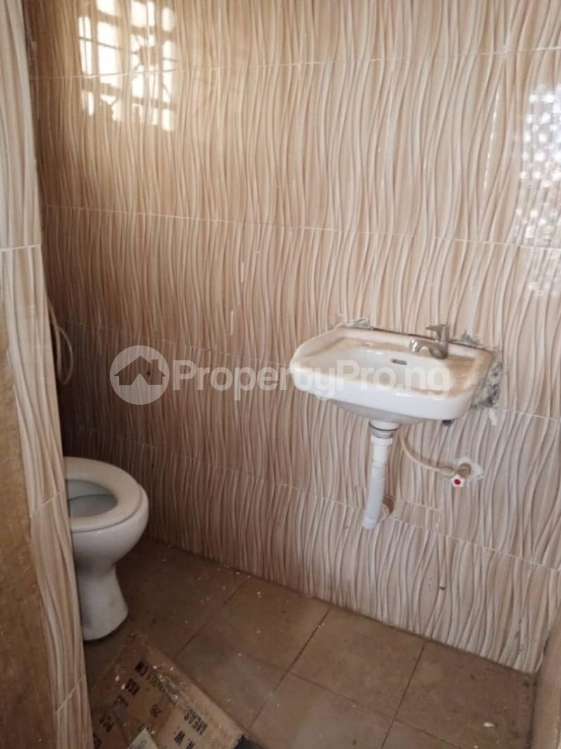 3 bedroom Shared Apartment for rent Victory Land Estate Olorunda Akobo Ibadan Oyo - 9