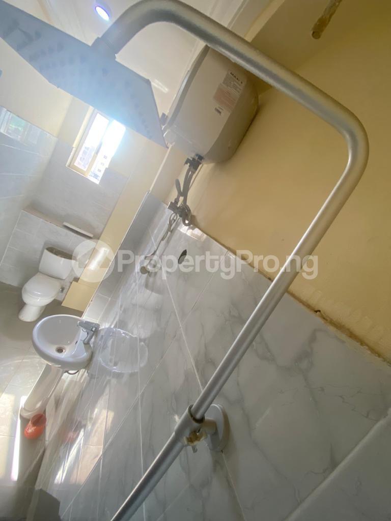 3 bedroom Blocks of Flats House for rent GRA Sabo  Yaba Lagos - 1