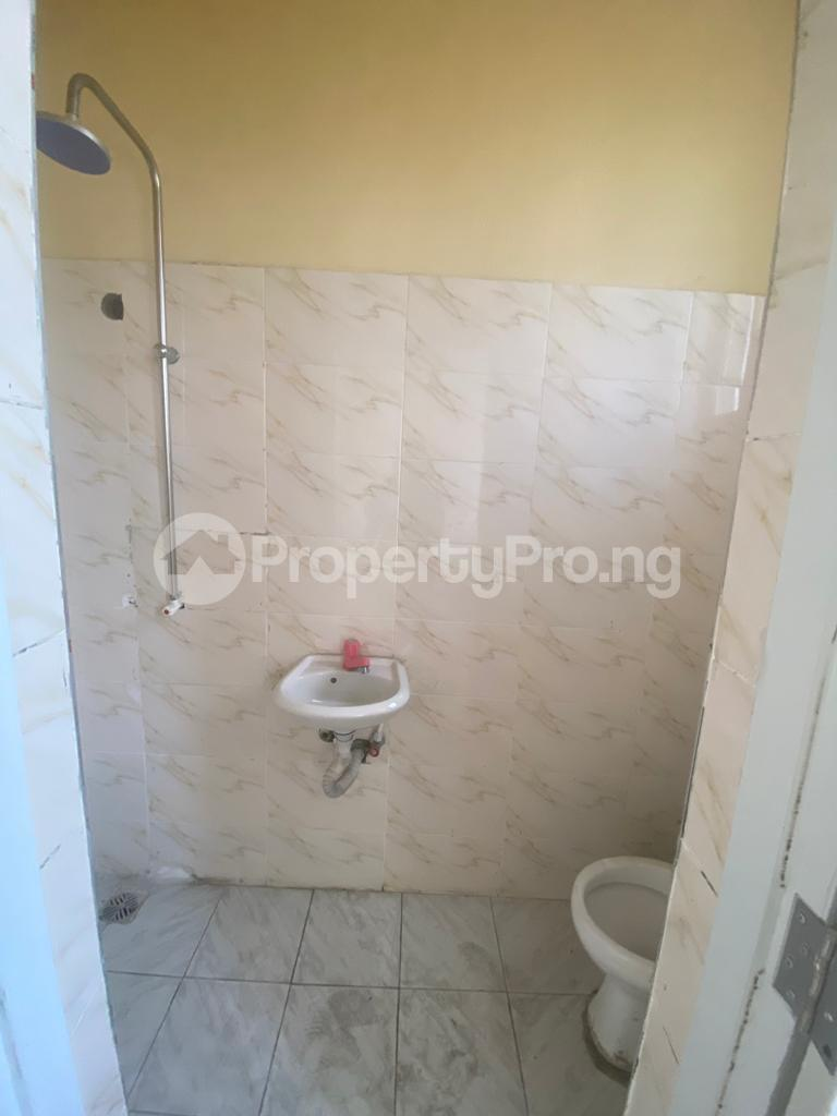 3 bedroom Blocks of Flats House for rent GRA Sabo  Yaba Lagos - 7