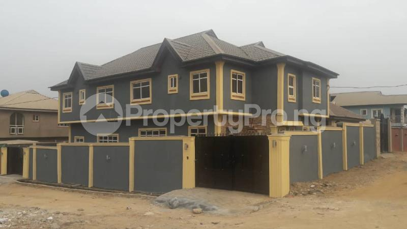 3 bedroom Semi Detached Duplex House for sale Magboro  Magboro Obafemi Owode Ogun - 3
