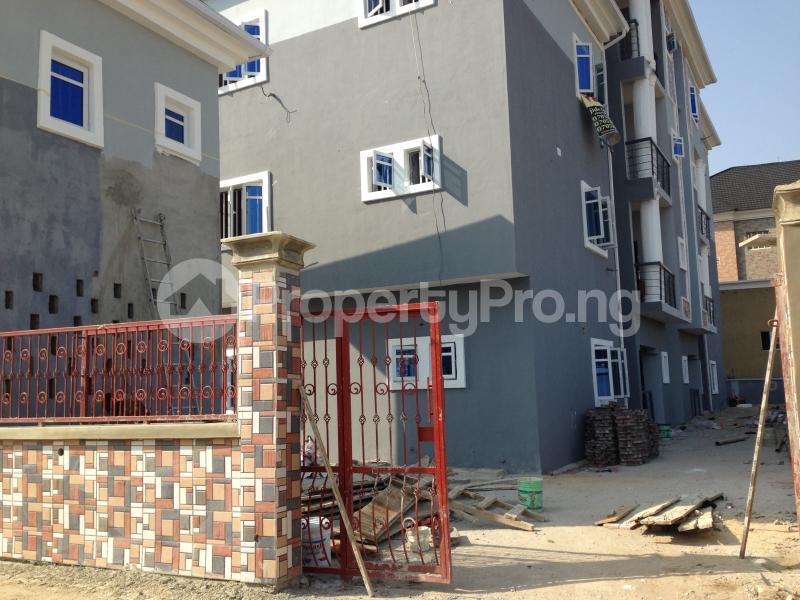 3 bedroom Flat / Apartment for rent Second Toll Gate, Lafiaji chevron Lekki Lagos - 1