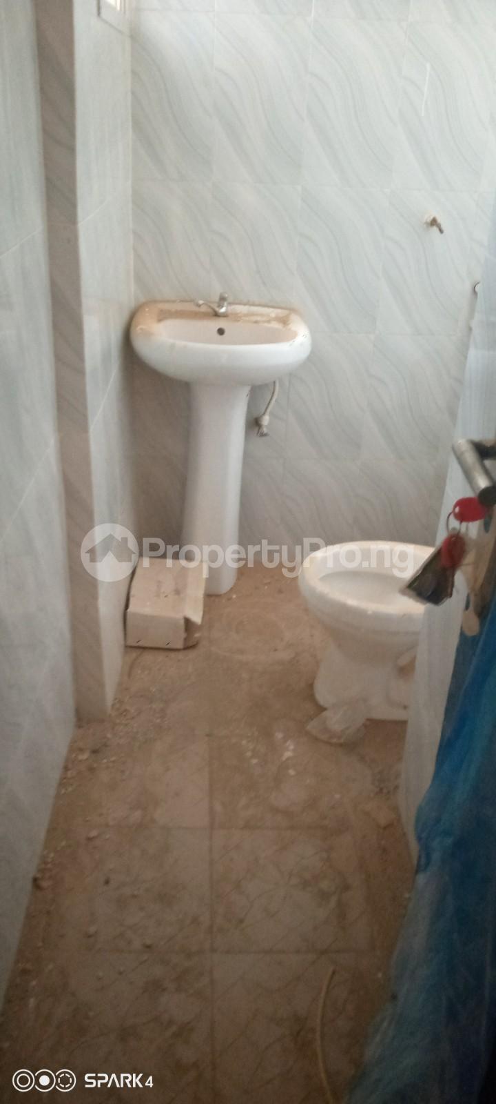 3 bedroom Blocks of Flats House for rent Aroro Makinde  Ojoo Ibadan Oyo - 9