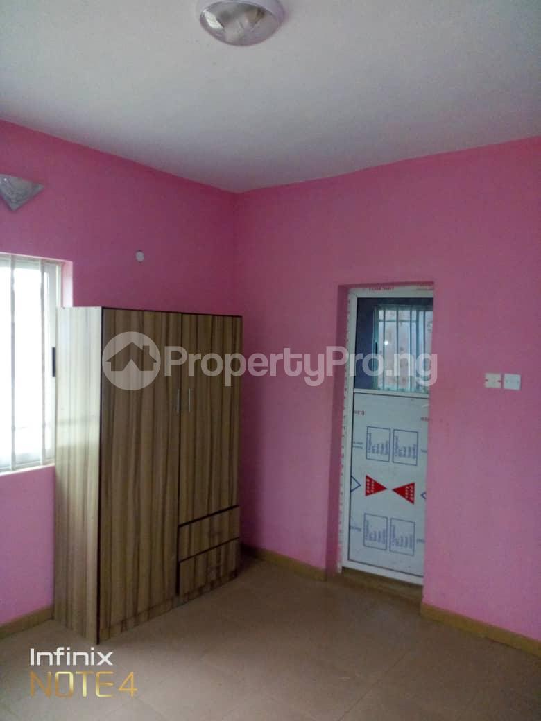 3 bedroom Blocks of Flats House for rent Elepe off Barracks Ojoo Ibadan  Ojoo Ibadan Oyo - 2