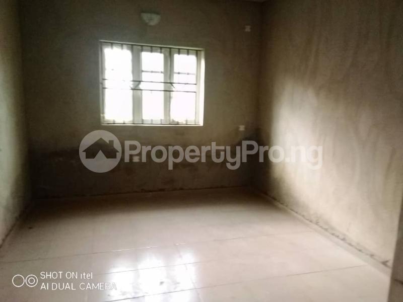 3 bedroom Blocks of Flats House for rent Oluwo After Iyana Agbala Off Alakia  Alakia Ibadan Oyo - 1