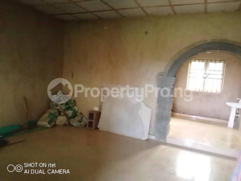 3 bedroom Blocks of Flats House for rent Oluwo After Iyana Agbala Off Alakia  Alakia Ibadan Oyo - 5