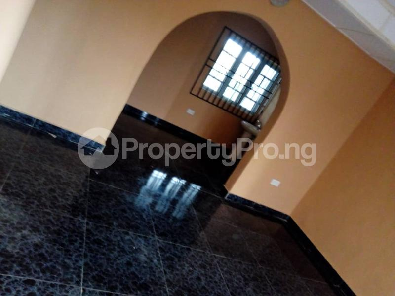 3 bedroom Blocks of Flats House for rent Oluwo Area  Egbeda Oyo - 4