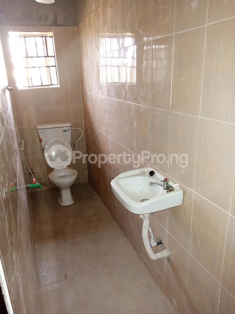 3 bedroom Blocks of Flats House for rent Promised land Elebu area. Akala Express Ibadan Oyo - 6