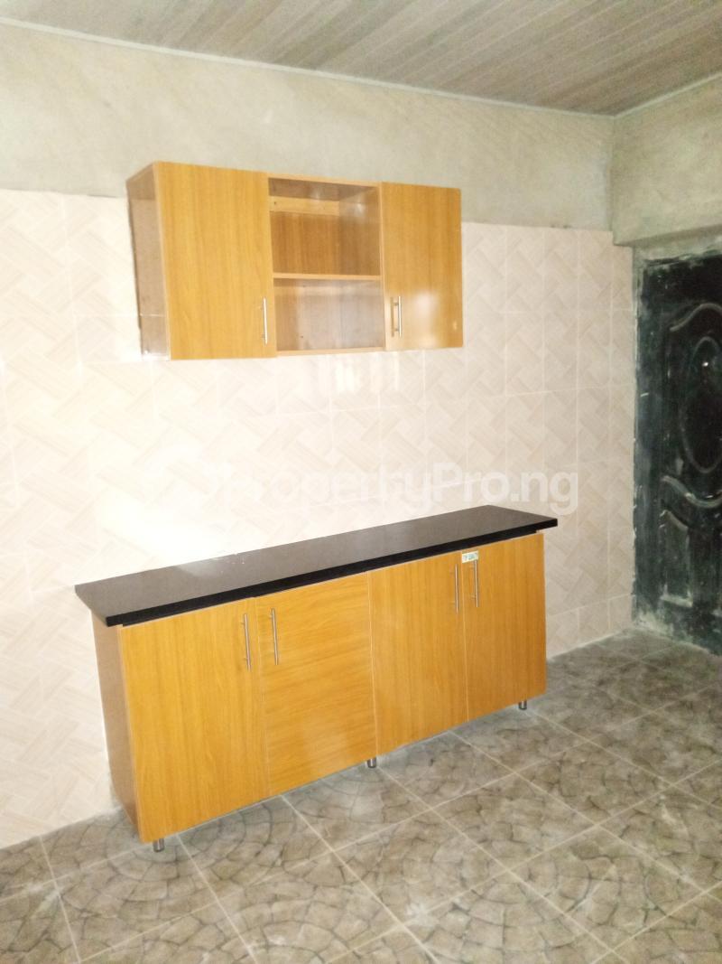 3 bedroom Blocks of Flats House for rent Promised land Elebu area. Akala Express Ibadan Oyo - 8