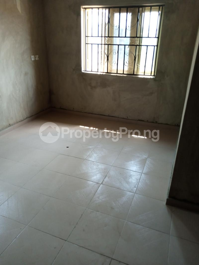 3 bedroom Blocks of Flats House for rent Promised land Elebu area. Akala Express Ibadan Oyo - 1