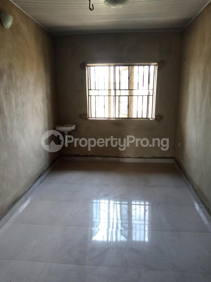 3 bedroom Blocks of Flats House for rent Promised land Elebu area. Akala Express Ibadan Oyo - 7