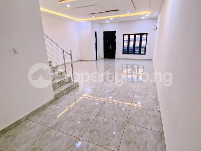 4 bedroom Mini flat Flat / Apartment for rent Diobu mile 3 Port Harcourt Rivers - 6