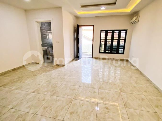 4 bedroom Mini flat Flat / Apartment for rent Diobu mile 3 Port Harcourt Rivers - 11