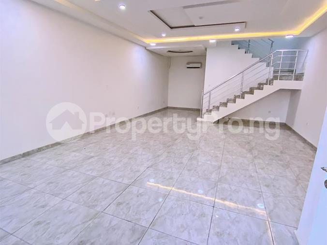 4 bedroom Mini flat Flat / Apartment for rent Diobu mile 3 Port Harcourt Rivers - 2