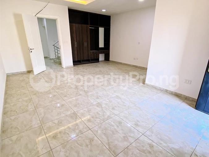4 bedroom Mini flat Flat / Apartment for rent Diobu mile 3 Port Harcourt Rivers - 8