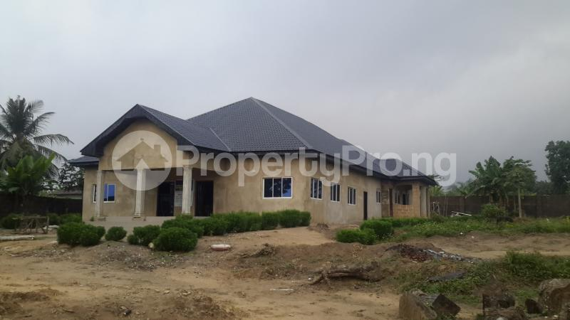 4 bedroom Detached Bungalow for sale Imoh Street By Afukang Calabar Cross River - 3