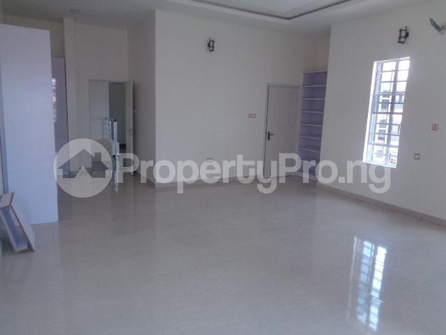 4 bedroom House for sale Lekki Phase 2 Ologolo Lekki Lagos - 12