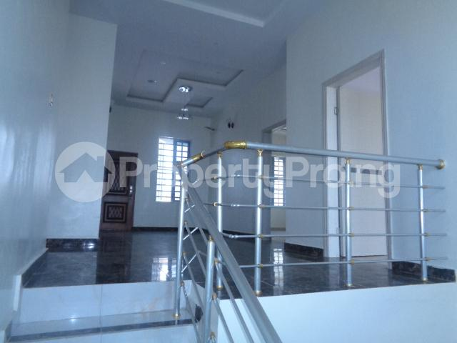4 bedroom House for sale Lekki Phase 2 Ologolo Lekki Lagos - 17