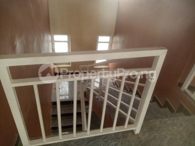 4 bedroom Detached Duplex for sale Ladoke Akintola Avenue Bodija Ibadan Oyo - 11