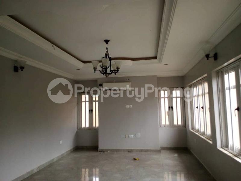 4 bedroom Flat / Apartment for sale  Alalubosa GRA ibadan  Alalubosa Ibadan Oyo - 2